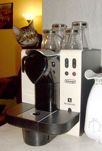 fernando cola o s blog archive new coffee machine. Black Bedroom Furniture Sets. Home Design Ideas